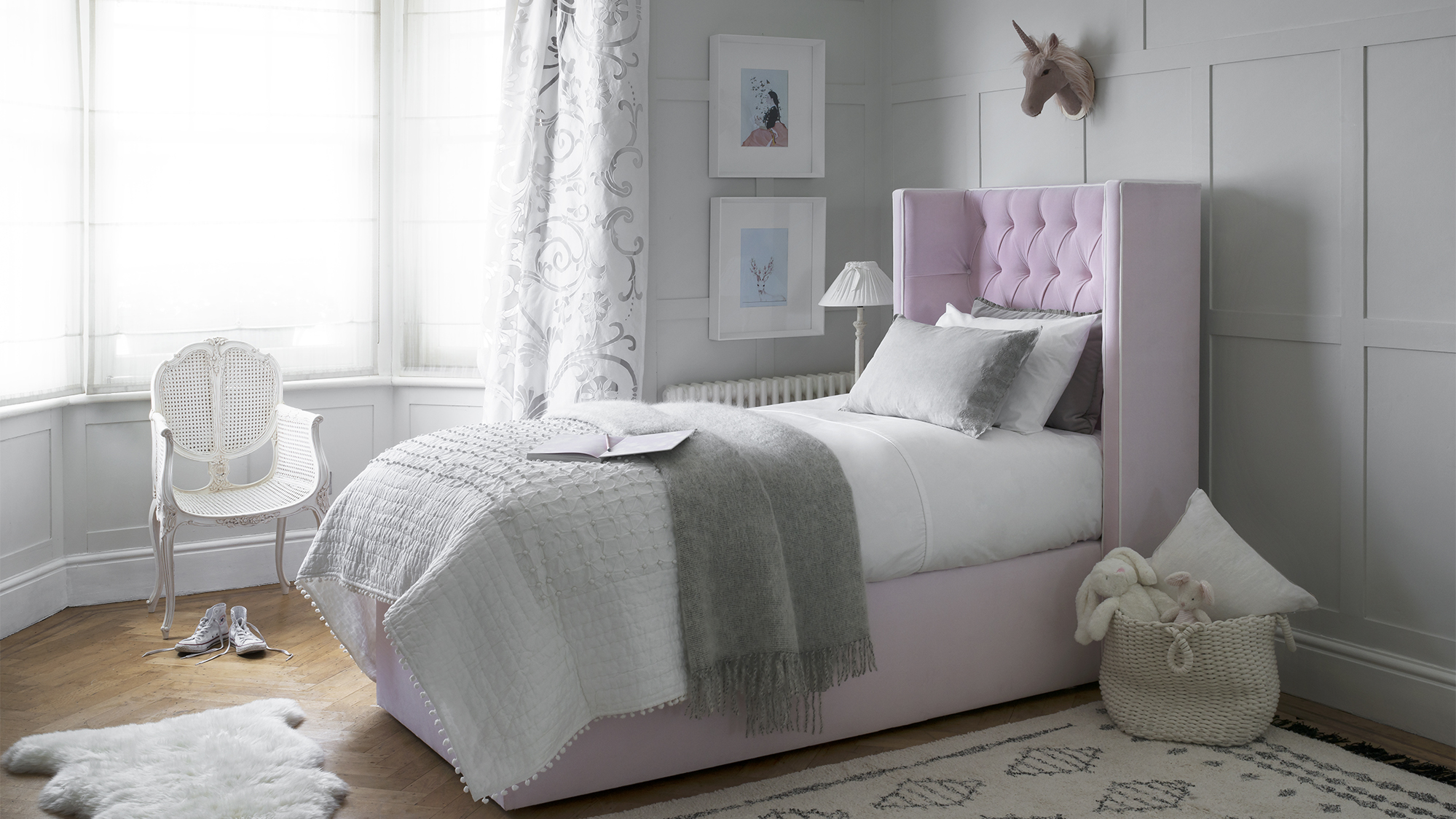 pink bed (1)